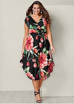 Plus Size FLORAL DRESS | VENUS