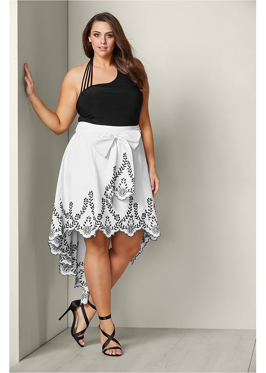 BOW FRONT EMBROIDERED SKIRT,STRAP DETAIL HALTER TOP