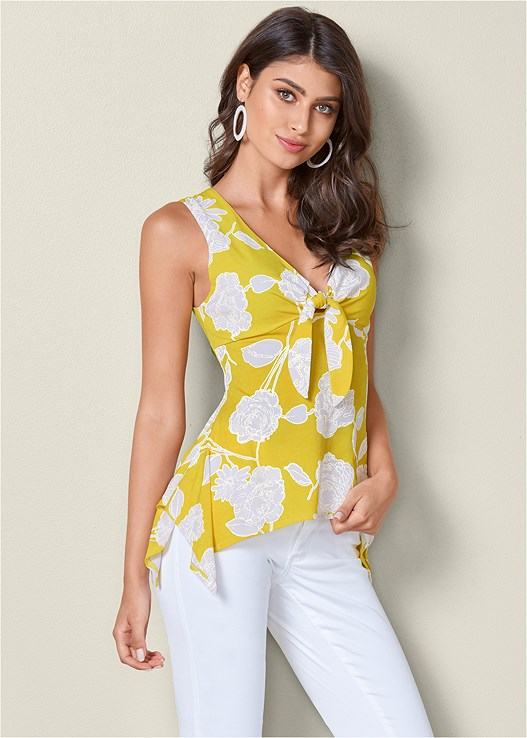 FLORAL TIE FRONT TOP,COLOR SKINNY JEANS,BRAIDED DETAIL WEDGE