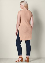 Back View Cut Out Detail Sleeveless Sweater
