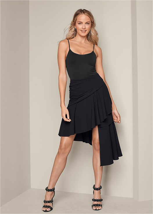 ASYMETRICAL RUFFLED SKIRT,SEAMLESS CAMI,HOOP DETAIL EARRINGS