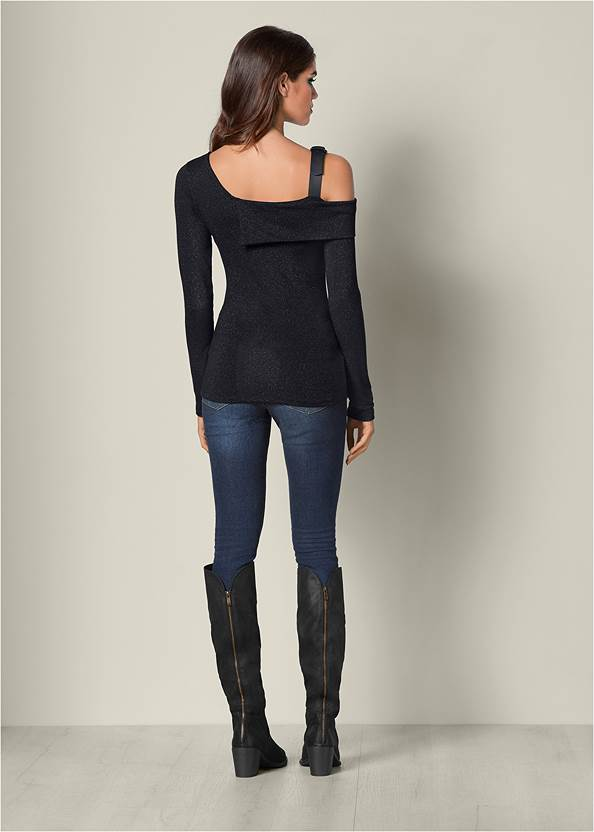 Back View Buckle Detail Top