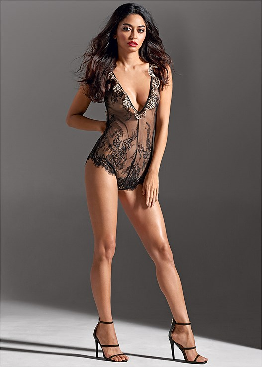SHEER LACE CHEETAH BODYSUIT,HIGH HEEL STRAPPY SANDALS
