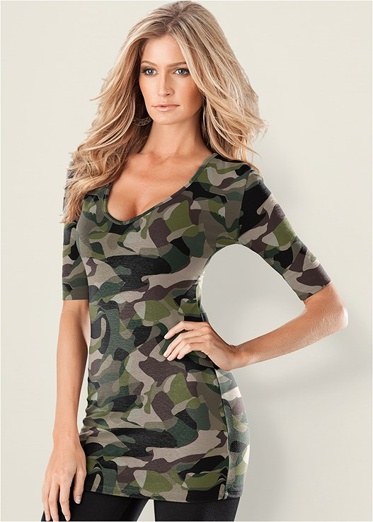 2eef61cbf15b LONG AND LEAN TEE in Camouflage | VENUS