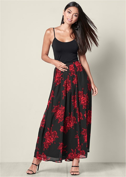 FLORAL CIRCLE MAXI SKIRT,SEAMLESS CAMI,HIGH HEEL STRAPPY SANDALS
