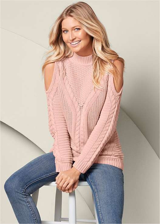 COLD SHOULDER SWEATER,COLOR SKINNY JEANS,WRAP STITCH DETAIL BOOTIE