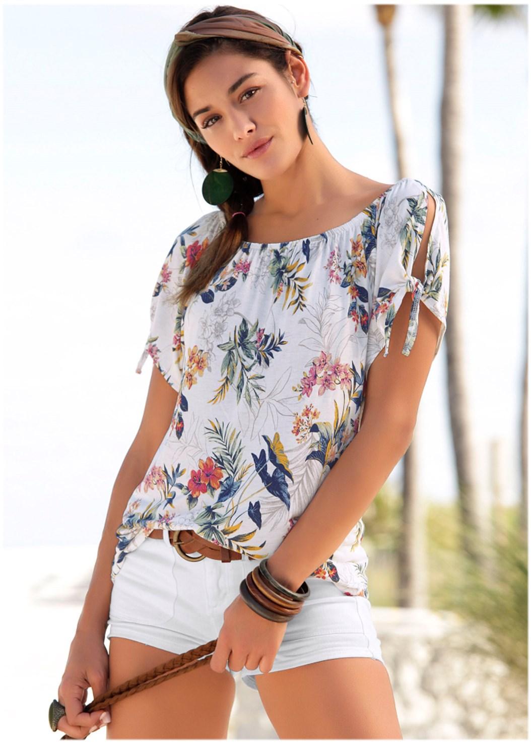 Tie Detail Floral Top,Color Capri Jeans,Lucite Heel Mules