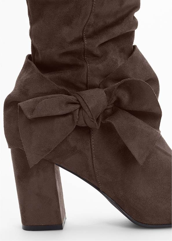 Back View Bow Detail Boots
