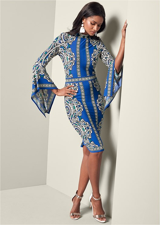 PRINT SLEEVE DETAIL DRESS,METALLIC STRAP HEELS