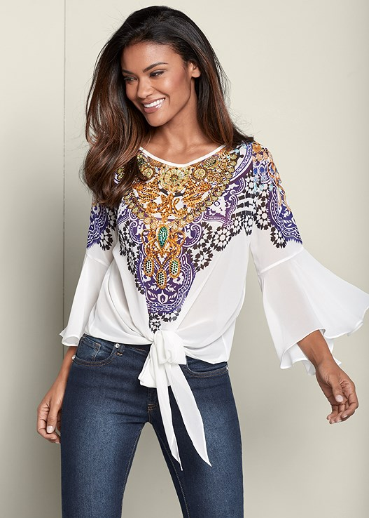 EMBELLISHED TIE FRONT TOP,COLOR SKINNY JEANS,HIGH HEEL STRAPPY SANDALS
