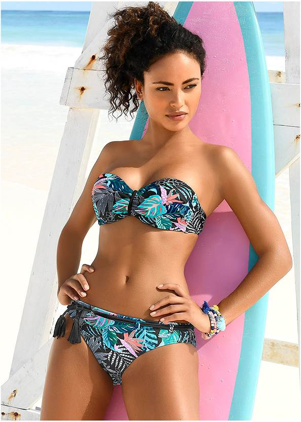 Belted Low Rise Bottom,Underwire Halter Top