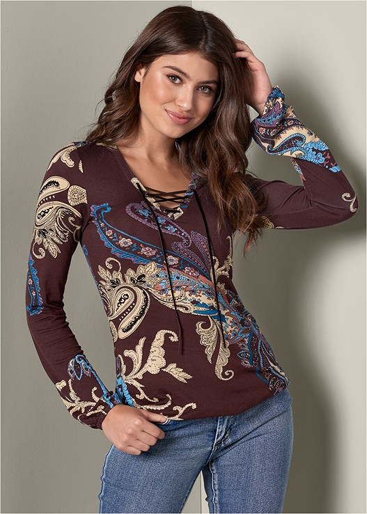 PAISLEY PRINT TOP,COLOR SKINNY JEANS