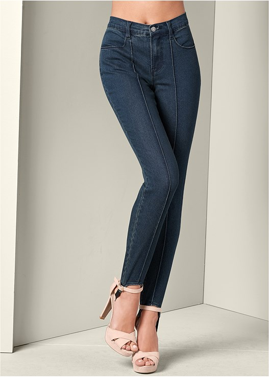 STIRRUP JEANS,RUFFLE FRONT TANK,HIGH HEEL STRAPPY SANDAL