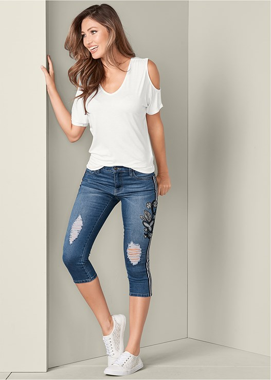 RACING STRIPE JEAN CAPRIS,COLD SHOULDER V-NECK TOP,PERFORATED SNEAKERS