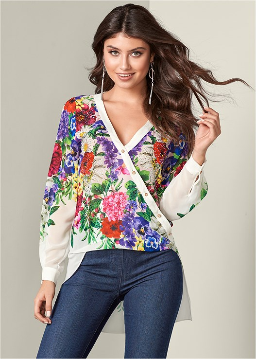 EMBELLISHED PRINT BLOUSE,SLIMMING STRETCH JEGGINGS,HIGH HEEL STRAPPY SANDALS