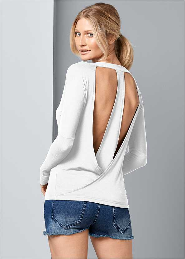 Open Back Top,Frayed Cut Off Jean Shorts,Stud Detail Scarf