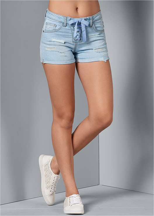 LACE UP FRONT SHORTS,BACK DETAIL TOP,PERFORATED SNEAKERS