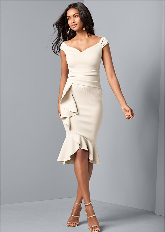 RUFFLE DETAIL DRESS,EVERYDAY YOU STRAPLESS BRA,HIGH HEEL STRAPPY SANDALS