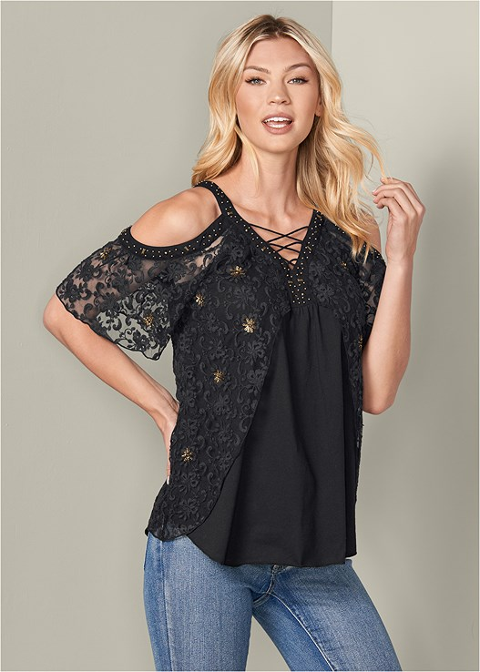 LACE DETAIL TOP,COLOR SKINNY JEANS,PERFORATED LACE UP HEEL