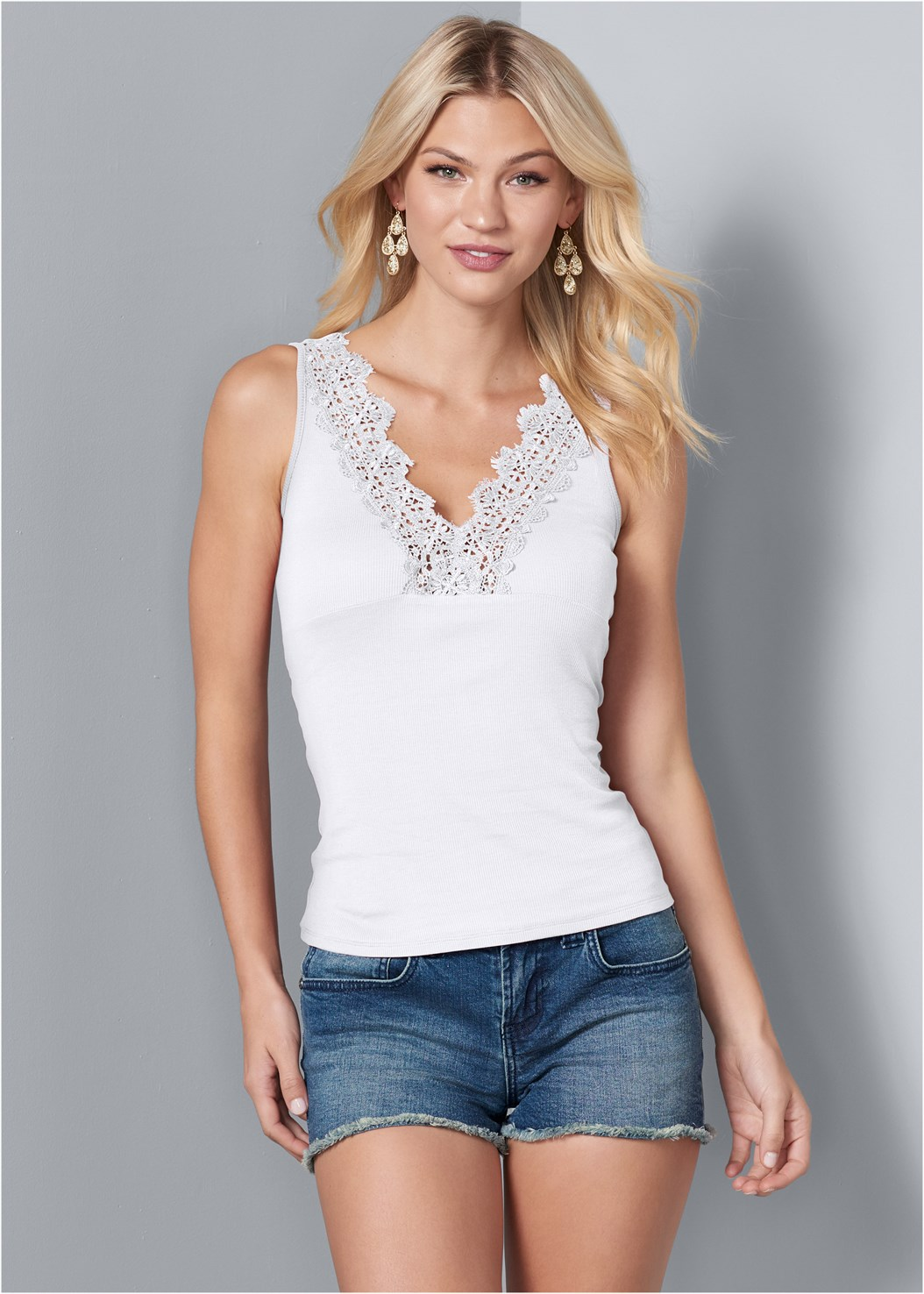 Lace Detail V-Neck Top,Frayed Cut Off Jean Shorts