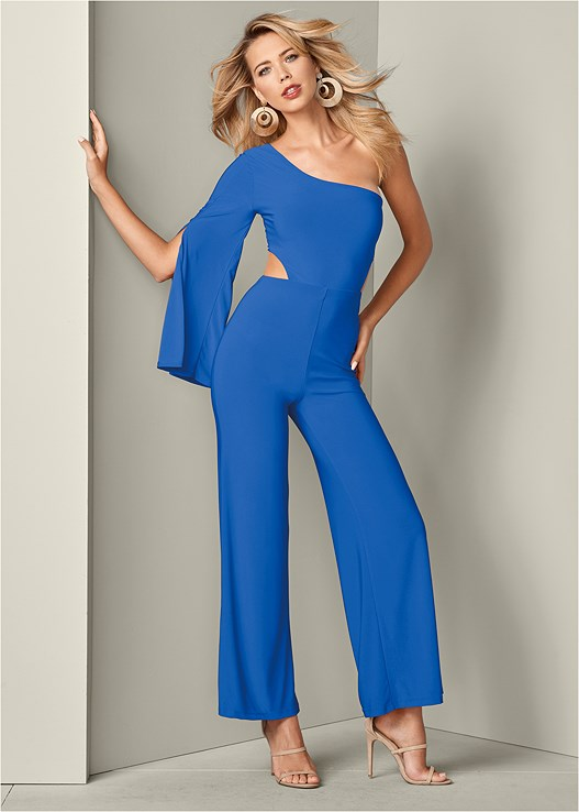 CUT OUT JUMPSUIT,EVERYDAY YOU STRAPLESS BRA,HIGH HEEL STRAPPY SANDALS,RESIN DOUBLE HOOP EARRINGS