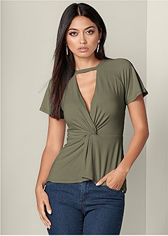 knot front detail top