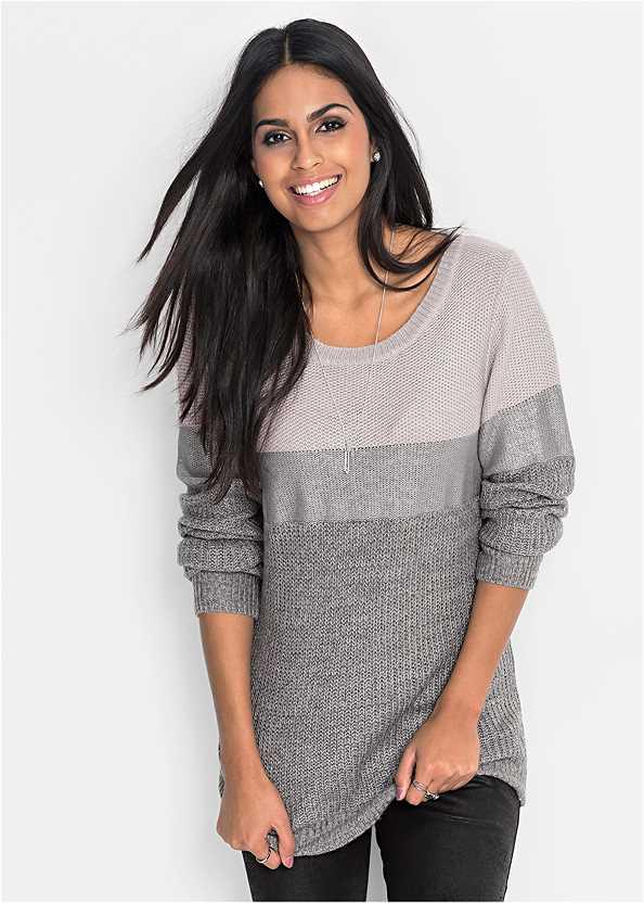 Color Block Sweater,Mid Rise Color Skinny Jeans,Rhinestone Fringe Earrings,Stud Detail Scarf