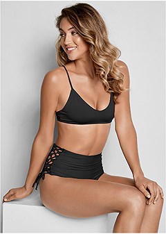 versatility by venus ™ reversible high cut bottom