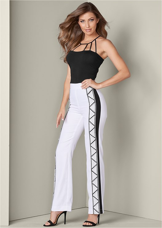 TRIM DETAIL PANTS,STRAPPY DETAIL TOP,HIGH HEEL SANDALS