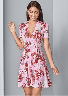 c5c318f6e1b surplice floral dress