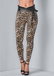 Cropped Front View Leopard Leggings