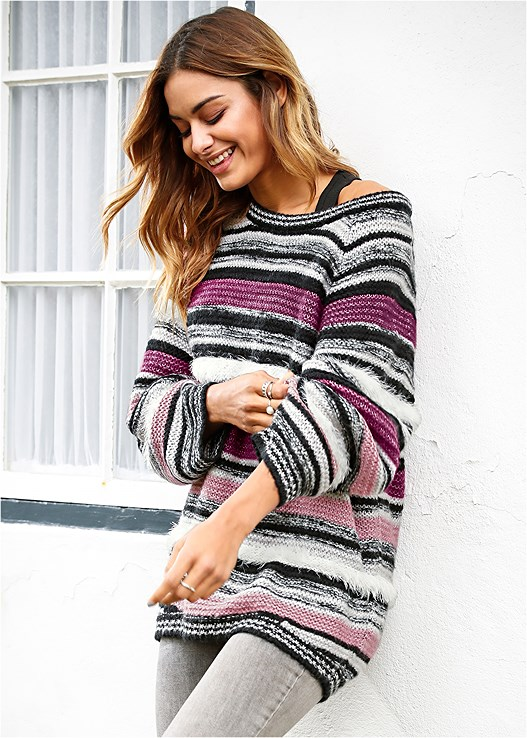 OVERSIZED STRIPED SWEATER,RUCHED FRONT SPORTS BRA 2PK
