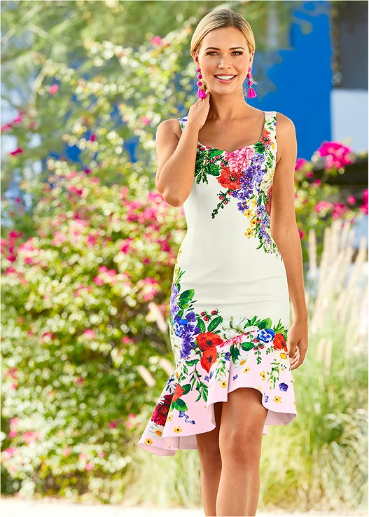 FLORAL PRINT DRESS,STUDDED STRAPPY HEEL,BAUBLE FRINGE EARRINGS