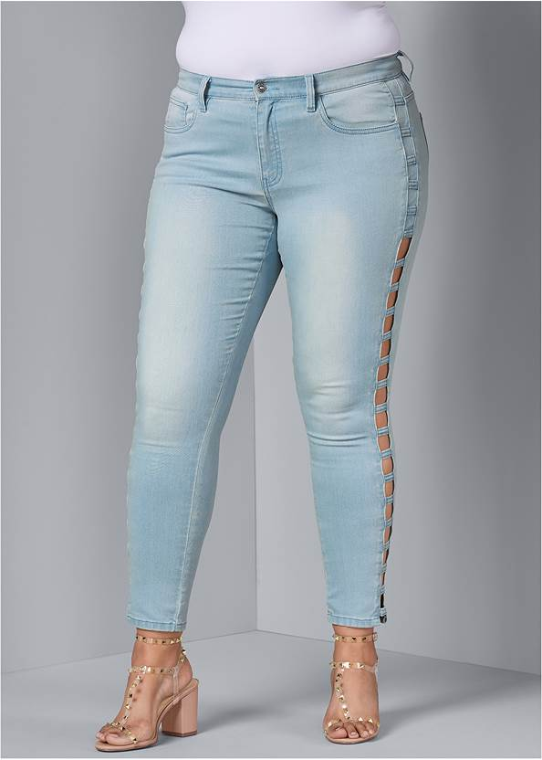 Front View Cut Out Detail Jeans