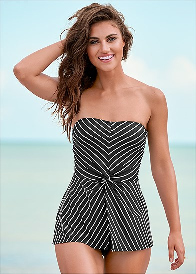 Pretty Twist Front Tankini