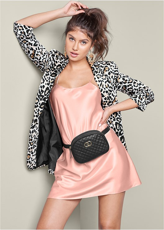 LEOPARD PRINT BLAZER,LUSTER SATIN SLIP,HIGH HEEL SANDALS,QUILTED BELT BAG