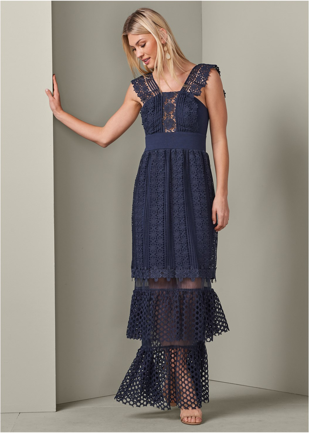 Tiered Lace Evening Dress,High Heel Strappy Sandals