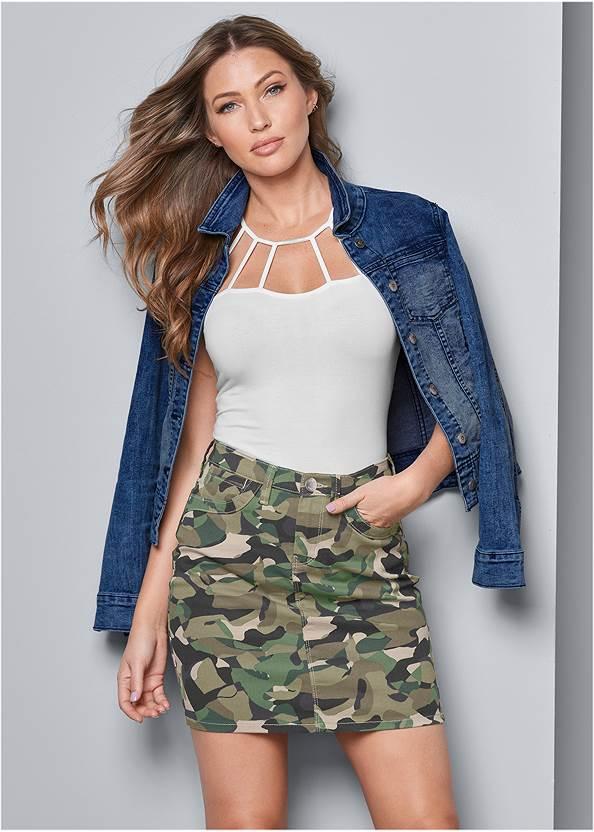 Color Mini Jean Skirt,Strappy Detail Top,Jean Jacket,Transparent Studded Heels