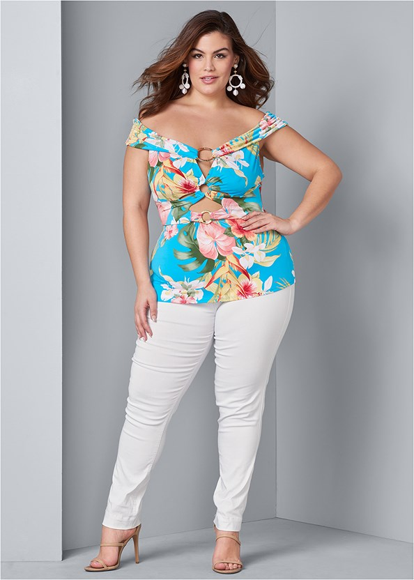 Mid Rise Slimming Stretch Jeggings,Off The Shoulder Ring Top,Basic Cami Two Pack,High Heel Strappy Sandals,Wicker Straw Bag