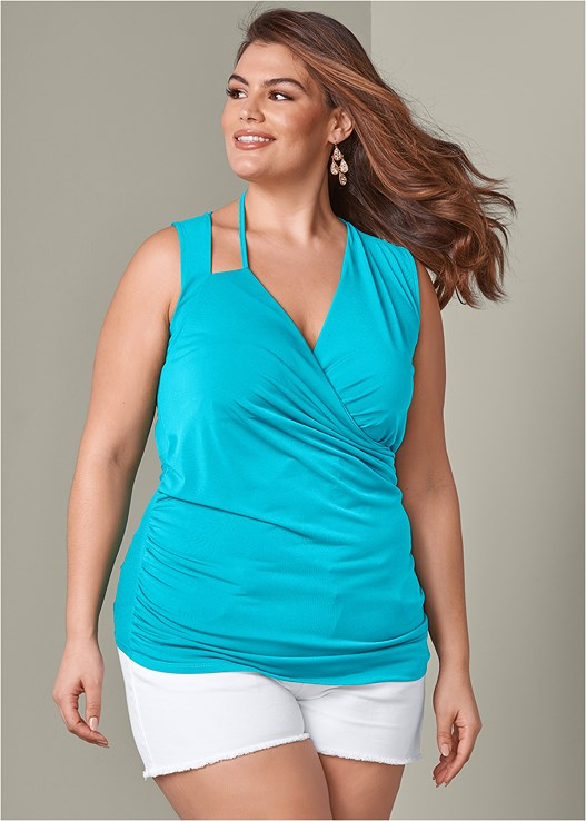 RUCHED DETAIL SURPLICE TOP,CUT OFF JEAN SHORTS