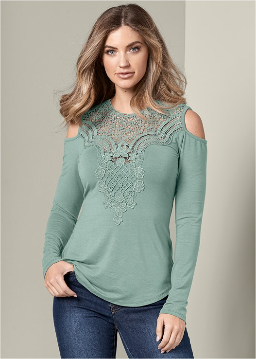 CROCHET COLD SHOULDER TOP,COLOR SKINNY JEANS,PERFORATED BOOTIES