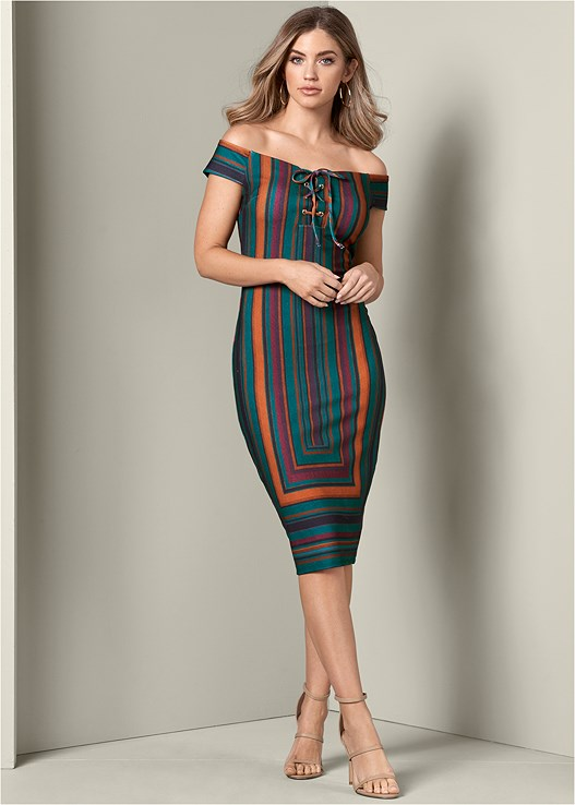 STRIPE BODYCON DRESS,SMOOTH LONGLINE PUSH UP BRA,HIGH HEEL STRAPPY SANDALS,MIXED EARRING SET