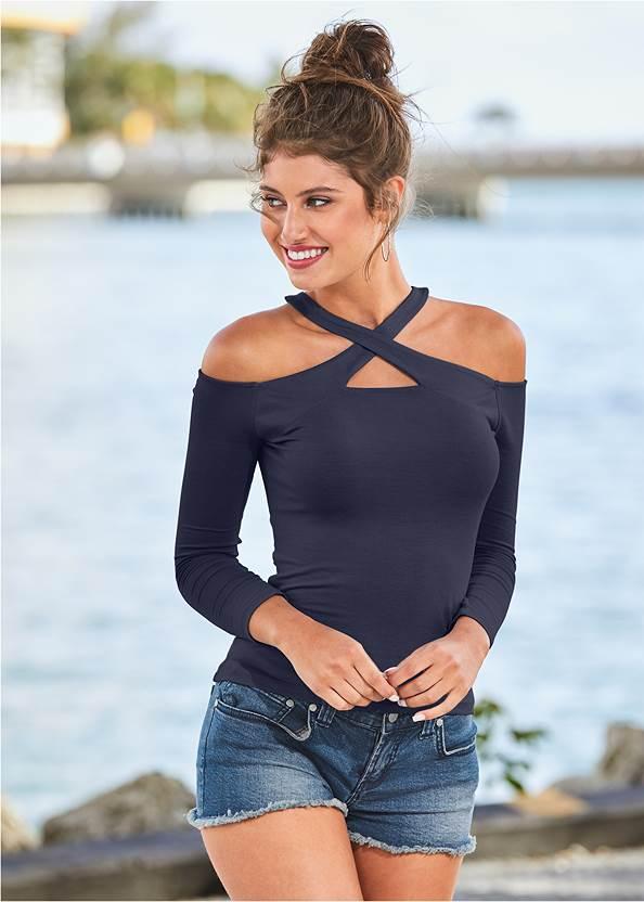 Crisscross Neck Top,Frayed Cut Off Jean Shorts