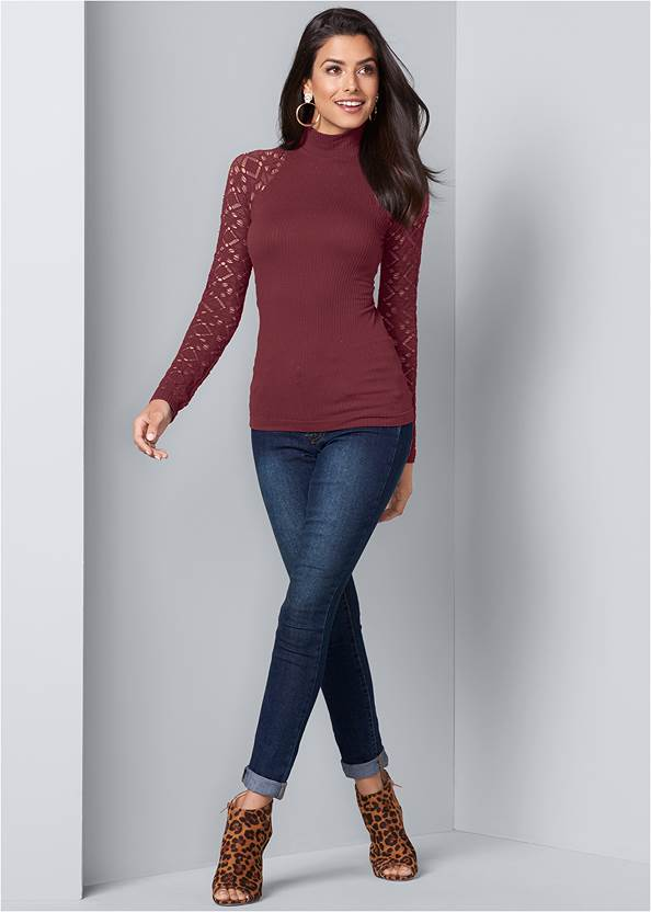 Full Front View Seamless Mock Neck Top
