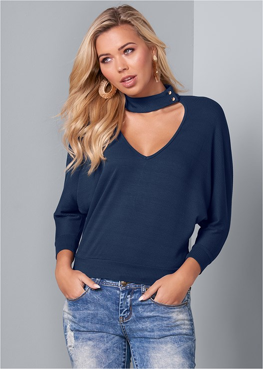 RIBBED V-NECK CHOKER TOP,ACID WASH JEANS,SMOOTH LONGLINE PUSH UP BRA,EMBELLISHED HAIR CLIP PACK