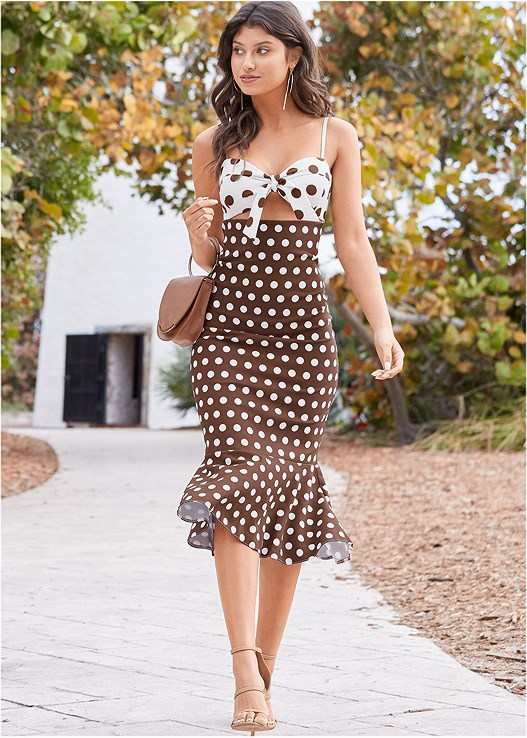 POLKA DOT DRESS,HIGH HEEL STRAPPY SANDALS,CIRCLE DETAIL HANDBAG