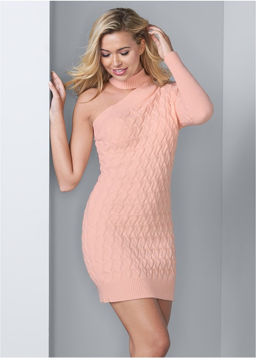 CABLE KNIT SWEATER DRESS,VENUS CUPID BRA,WRAP STITCH DETAIL BOOTIES