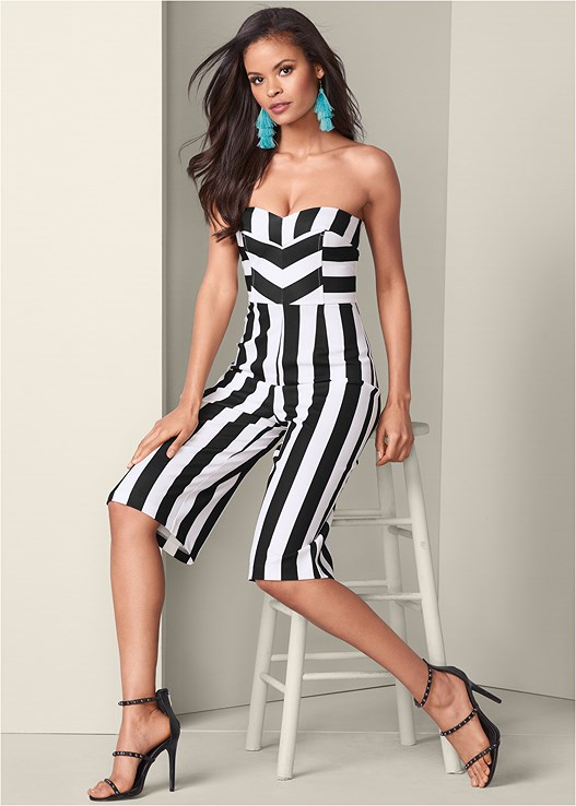 STRIPE CULOTTE JUMPSUIT,HIGH HEEL STRAPPY SANDALS