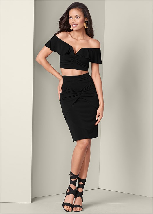 TWO PIECE RUFFLE DETAIL SET,WRAP AROUND HEELS