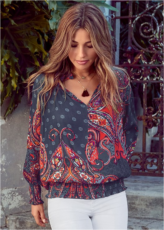PAISLEY TOP,CASUAL BOOT CUT JEANS,COLOR BLOCK MULES,LONG LINK NECKLACE,DENIM HANDBAG